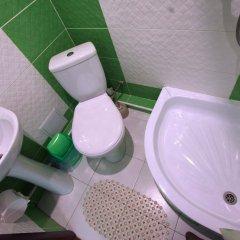 Гостиница Hostel Club Украина, Запорожье - отзывы, цены и фото номеров - забронировать гостиницу Hostel Club онлайн ванная