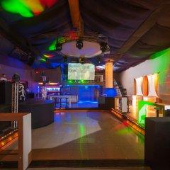 Отель Caribe Club Princess Beach Resort and Spa - Все включено гостиничный бар