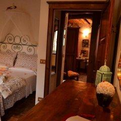 Отель B&B Le Undici Lune Италия, Сан-Джиминьяно - отзывы, цены и фото номеров - забронировать отель B&B Le Undici Lune онлайн комната для гостей