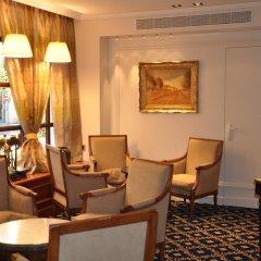 Отель Splendid Cannes Франция, Канны - 8 отзывов об отеле, цены и фото номеров - забронировать отель Splendid Cannes онлайн интерьер отеля фото 3