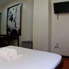 Отель California Филиппины, Лапу-Лапу - отзывы, цены и фото номеров - забронировать отель California онлайн удобства в номере