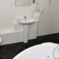 Гостиница Поручикъ Голицынъ в Тольятти 3 отзыва об отеле, цены и фото номеров - забронировать гостиницу Поручикъ Голицынъ онлайн ванная