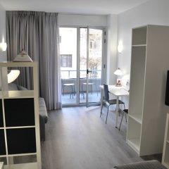 Отель Aparthotel Atenea Calabria Испания, Барселона - 12 отзывов об отеле, цены и фото номеров - забронировать отель Aparthotel Atenea Calabria онлайн комната для гостей фото 5