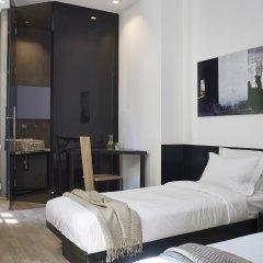 Отель innAthens комната для гостей