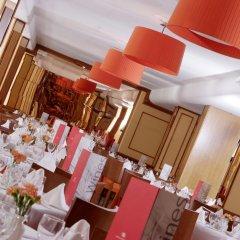 Hotel Clumba гостиничный бар