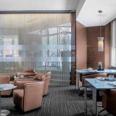 AC Hotel Carlton Madrid by Marriott гостиничный бар