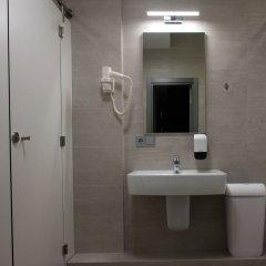 Гостиница Sky Hostel Украина, Киев - отзывы, цены и фото номеров - забронировать гостиницу Sky Hostel онлайн ванная фото 2