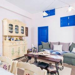Отель Oia Sunset Villas Греция, Остров Санторини - отзывы, цены и фото номеров - забронировать отель Oia Sunset Villas онлайн комната для гостей фото 5