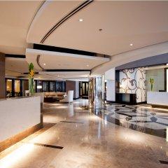 Quest Hotel & Conference Center - Cebu интерьер отеля