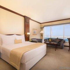 Отель CORNICHE Абу-Даби комната для гостей фото 4