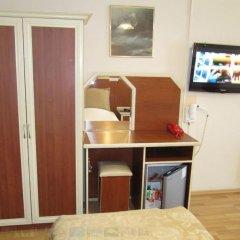 Efsane Hotel Турция, Дикили - отзывы, цены и фото номеров - забронировать отель Efsane Hotel онлайн удобства в номере фото 2