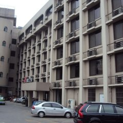 Отель Jinjiang Inn Chendu Sport University парковка