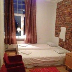 Отель 16eur - Fat Margaret's комната для гостей фото 5