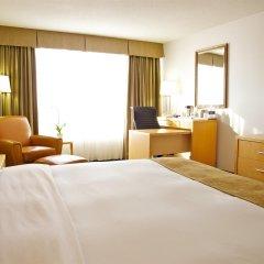 Отель Radisson Hotel Toronto East Канада, Торонто - отзывы, цены и фото номеров - забронировать отель Radisson Hotel Toronto East онлайн удобства в номере фото 2