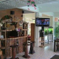 Отель Baan Rosa гостиничный бар