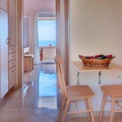 Апартаменты Krouzeri Beach Apartments удобства в номере