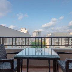 Отель Crescat Residencies Apartments Шри-Ланка, Коломбо - отзывы, цены и фото номеров - забронировать отель Crescat Residencies Apartments онлайн балкон