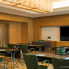 Отель Four Points by Sheraton Sheikh Zayed Road, Dubai интерьер отеля фото 2