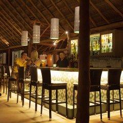 Отель Mahekal Beach Resort гостиничный бар