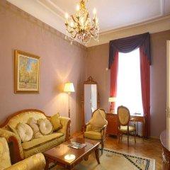 Гостиница Националь Москва 5* Номер Classic с двуспальной кроватью