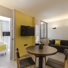Отель Alberginn Suites Rivoli Les Halles Париж комната для гостей фото 3