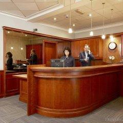 Отель NH Brussels Stéphanie интерьер отеля