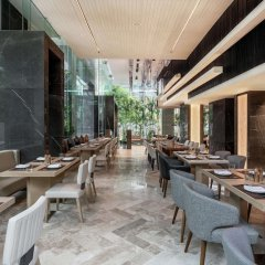 Отель DoubleTree by Hilton Bangkok Ploenchit Бангкок питание