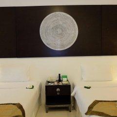 Отель Nai Yang Beach Resort & Spa в номере