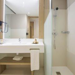 Отель Golden Tulip Barcelona ванная фото 2