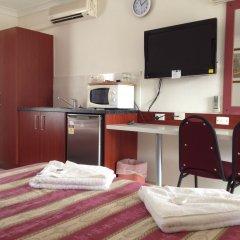 Отель Homestead Motel удобства в номере