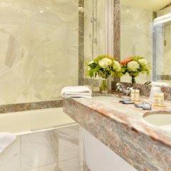 Отель Unic Renoir Saint Germain Париж ванная