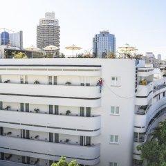 Center Chic Hotel - an Atlas Boutique Hotel Израиль, Тель-Авив - отзывы, цены и фото номеров - забронировать отель Center Chic Hotel - an Atlas Boutique Hotel онлайн балкон
