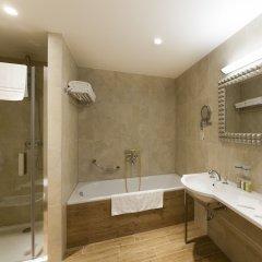 Отель Grandhotel Ambassador - Narodni Dum Карловы Вары ванная