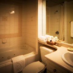 Отель Executive Hotel Vintage Park Канада, Ванкувер - отзывы, цены и фото номеров - забронировать отель Executive Hotel Vintage Park онлайн ванная