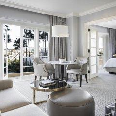 Отель Four Seasons Los Angeles at Beverly Hills гостиничный бар