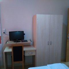 Отель Hostal Falfes удобства в номере фото 2