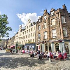 Отель Charming Grassmarket Apartment with Castle View Великобритания, Эдинбург - отзывы, цены и фото номеров - забронировать отель Charming Grassmarket Apartment with Castle View онлайн фото 4