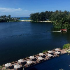 Отель Cassia Phuket бассейн