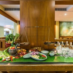 Отель Phuket Marriott Resort & Spa, Merlin Beach питание фото 3