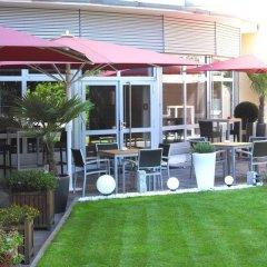 PhiLeRo Hotel Köln бассейн