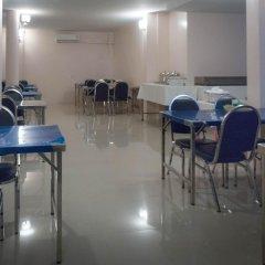 Отель Zen Rooms Phetchaburi 13 Бангкок помещение для мероприятий фото 2