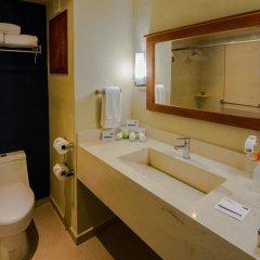 Отель Holiday In Express Cabo San Lucas Кабо-Сан-Лукас ванная