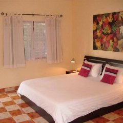Hotel Puerta del Sol Phuket комната для гостей
