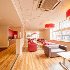 Отель Travelodge Manchester Central гостиничный бар