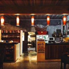 Отель In Touch Resort Таиланд, Мэй-Хаад-Бэй - отзывы, цены и фото номеров - забронировать отель In Touch Resort онлайн гостиничный бар