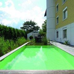 Отель Sorell Hotel Sonnental Швейцария, Дюбендорф - 1 отзыв об отеле, цены и фото номеров - забронировать отель Sorell Hotel Sonnental онлайн бассейн фото 2