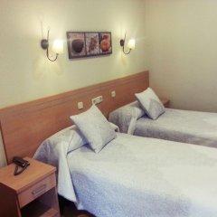 Отель Hostal Avenida комната для гостей фото 3