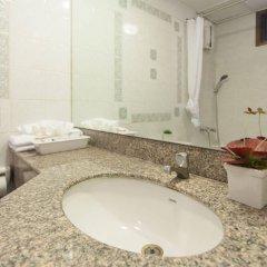 Отель Patumwan House Таиланд, Бангкок - отзывы, цены и фото номеров - забронировать отель Patumwan House онлайн ванная фото 2