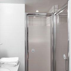 Отель FIAP - Hostel Франция, Париж - отзывы, цены и фото номеров - забронировать отель FIAP - Hostel онлайн ванная