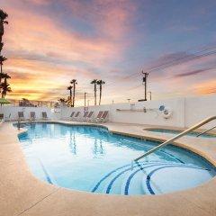 Отель Arizona Charlies Decatur США, Лас-Вегас - отзывы, цены и фото номеров - забронировать отель Arizona Charlies Decatur онлайн бассейн фото 2